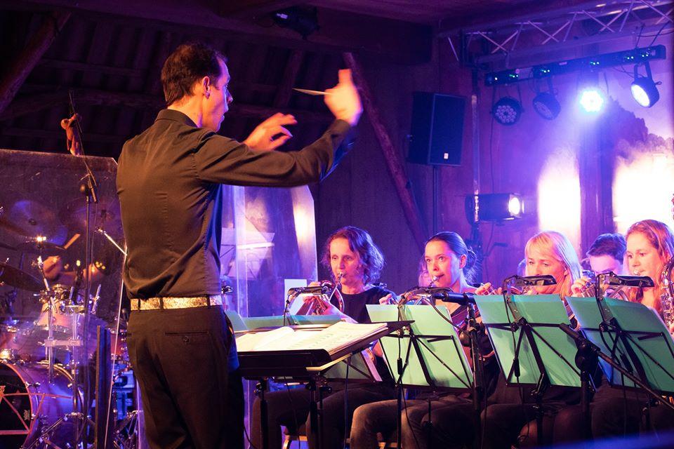Wilbert Zwier nieuwe dirigent fanfare Wilhelmina